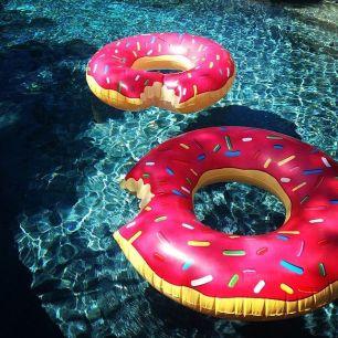 donutfloatie